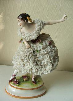 Lace Draping Porcelain Doll   ... Antique German Dresden Lace Porcelain Spanish Dancing Lady Figurine
