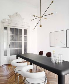 Cassina | LC7 Chairs   Interior by David Lopez Quincoces & Fanny Bauer Grung Interiors