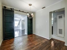 Oak Cliff  75208  #slidingbarndoors