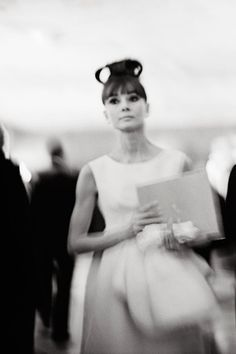Audrey Hepburn at the Chicago premiere of My Fair Lady, held at the RKO Palace Theatre on 23 October 1964