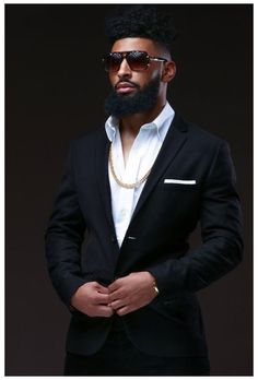 Black Men Beards, Black Suit Men, Handsome Black Men, Bart Styles, Stylish Men, Men Casual, Gorgeous Black Men, Beautiful, Designer Suits For Men