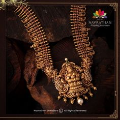 Don't Miss These Royal Looking Necklace Designs!! • South India Jewels Antique Jewellery Designs, Gold Jewellery Design, Bead Jewellery, Temple Jewellery, Pendant Jewelry, Antique Jewelry, Gold Pendant, Gold Jewelry, India Jewelry