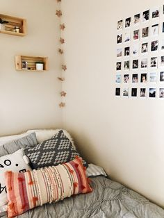 familycirclemag home decor Room Interior, Interior Design Living Room, Cute Room Ideas, College Dorm Decorations, Cute Dorm Rooms, Pretty Room, Dream Rooms, My New Room, House Rooms