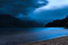 Queenstown. #queenstown #newzealand #newzealandnights #nikonD750 #landscape #lake #longexposure #queenstownnz #blue #beautiful #travel #photography