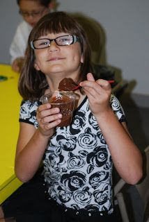 """Teaching Kids - Parable of the Lost Coin (Joy week-banana """"coin"""" hidden in chocolate pudding)"""
