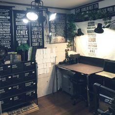 swaro109さんの、My Desk,モンステラ,いなざうるす屋さん,自作ポスター,バスロールサインについての部屋写真