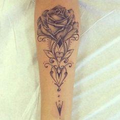 """Tatuagem feita por <a href=""""http://instagram.com/jptattoo"""">@jptattoo</a>"""
