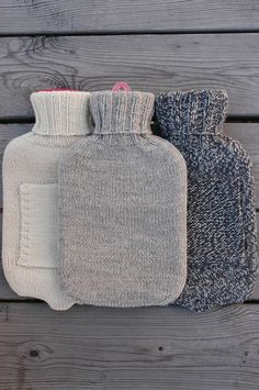 this is a simple water bottle cover design that i've created that doesn't take long to knit. nothing fancy, but very functional. i'm sure it would make a great gift too!