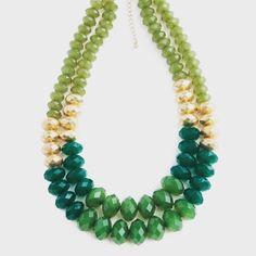 #verde #collar #misfavoritos te esperamos mañana en #damarisbeadscenter #yauco y #ponce #puertorico #beads #diy #handmadejewelry #hechoenpuertorico #pinterestinspired 787.267.4731 y 787.843.4230