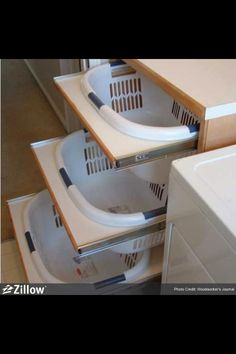 Laundry Room - Laundry basket storage - Where's the Wash? 10 Laundry Room Storage Ideas That'll Knock Your Socks Off Küchen Design, House Design, Interior Design, Rv Interior, Interior Decorating, Design Ideas, Modern Interior, Design Room, Floor Design