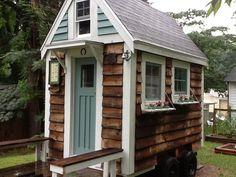 barn-wood-tiny-house-1