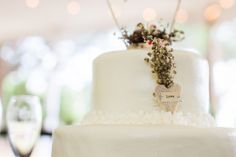 Southern Plantation Wedding At Greenfield Plantation - Rustic Wedding Chic Rustic Wedding Venues, Wedding Cake Rustic, Autum Wedding, Wedding Flowers, Wedding Planer, Dream Wedding, Wedding Day, Couture Cakes, Tent Reception