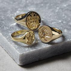 Unique Mens Rings, Mens Gold Rings, Mens Gold Jewelry, Rings For Men, Wedding Rings Vintage, Gold Wedding Rings, Gentleman, Family Crest Rings, Mens Ring Designs