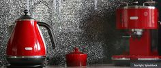 LUXURY COLLECTION SPLASHBACKS is characterised by its impressive deep textured design and wide range of shimmering colours and sparkling effects complimented with great properties of a safety glass. Red Kitchen, Glass Kitchen, Kitchen Tiles, Kitchen Decor, Kitchen Design, Safety Glass, Kitchen Collection, Texture Design, Kitchen Appliances