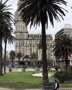 Um Roteiro para se apaixonar pelo Uruguay:   Montevideo Montevideo, Punta del Este, Colonia del Sacramento e Carmelo