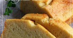 お芋をレンジで柔らかくしたらワンボウルで材料を混ぜるだけ!おいもたっぷりでしっとりしたケーキはおやつや朝食にぴったり!
