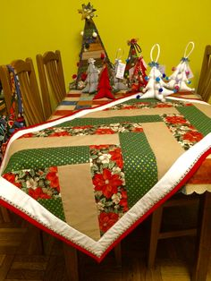 QUZZart. My quilting christmas table decorations.