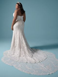 A classic lace plus size sheath wedding gown for the romantic bride. Designed for you by Maggie Sottero, find it in a bridal store today! Plus Size Bridal Dresses, Colored Wedding Dresses, Dream Wedding Dresses, Flattering Wedding Dress, Maggie Sottero Wedding Dresses, Bridal Boutique, Bridal Gowns, Bodice, Neckline