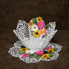 BFC1579 FSL Lace Bowl & Doily with Flowers