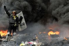 22.01.14 http://www.huffingtonpost.co.uk/2014/01/22/pictures-central-kiev-protests_n_4645476.html