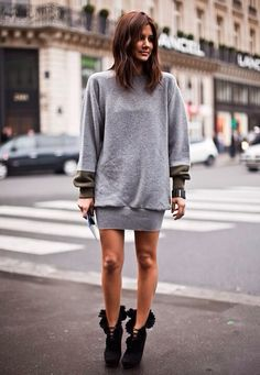Ideas sport chic style sweater dresses for 2019 Grey Jumper Dress, Sweatshirt Dress, Sweater Dresses, Grey Sweater, Sweater Boots, Grey Sweatshirt, Slouchy Boots, Oversized Jumper, Sport Chic