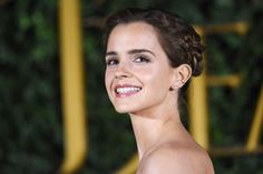 Emma Watson Is Full Cinderella on the 'Beauty and the Beast' Red Carpet