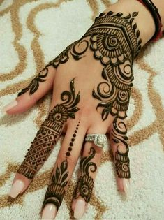 Mehndi Design Offline is an app which will give you more than 300 mehndi designs. - Mehndi Designs and Styles - Hand Henna Designs Henna Tattoo Designs, Henna Flower Designs, Henna Hand Designs, Simple Arabic Mehndi Designs, Mehndi Designs For Girls, Mehndi Designs For Beginners, Modern Mehndi Designs, Mehndi Design Pictures, Mehndi Designs For Fingers