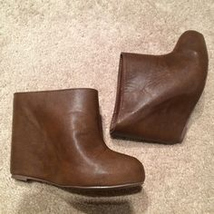 [F21] Hidden Wedge Leather Booties Brand: Forever 21 Size: 6 Fits like: 5.5-6 Wear: 10/10  Brand new, never been worn. Beautiful rich leather color. These would be great with skinny jeans and a huge blanket scarf! Forever 21 Shoes Ankle Boots & Booties