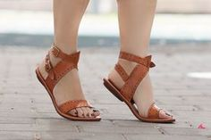 Sandals Summer Leather Sandals Flat Sandals Greek Sandals Women by BangiShop - There is nothing more comfortable and cool to wear on your feet during the heat season than some flat sandals. Open Toe Flats, Ankle Strap Flats, Strap Sandals, Gladiator Sandals, Shoes Sandals, Women Sandals, Wedge Sandals, Shoes Uk, Flat Sandals Outfit