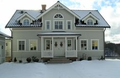 House of Sophie Swedish Style, Swedish House, Swedish Design, New England Hus, New England Style, Norway House, House Entrance, Scandinavian Home, House Layouts