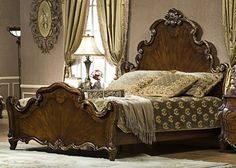 I want a really beautiful wood antique bed. Wood Bedroom Furniture, Dream Furniture, Gold Bedroom, Master Bedroom, Antique Beds, Wood Beds, Panel Bed, Bed Mattress, Bed Frame