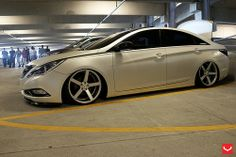 Modified Hyundai Sonata I45 6th Generation Yf Black