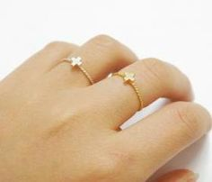 Little Cross Twisted Band Ring