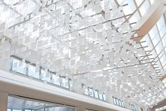 eCLOUD, displays weather data via specialized liquid crystal displays, suspended from the ceilings of the San Jose International Airport. - The video of it action on original site. Time And Weather, Weather Data, Interactive Installation, Light Installation, Art Installations, San Jose International Airport, Cloud Drive, 8 Bits, San Jose Airport