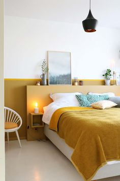 MY ATTIC voor KARWEI / diy headboard / bedroom / slaapkamer / ochre / oker Photo. MY ATTIC for KARWEI / diy headboard / bedroom / bedroom / ocher / ocher Photography: Marij Hessel Bedroom Inspo, Home Decor Bedroom, Modern Bedroom, Bedroom Wall, Bedroom Ideas, Minimal Bedroom, Edgy Bedroom, Bed Wall, Bedroom Storage