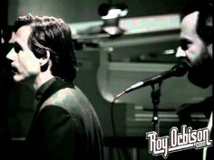 """Roy Orbison - """"Only the Lonely"""" from Black and White Night...was there a sweeter voice?"""