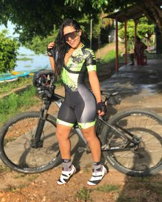 Image may contain: 1 person, bicycle and outdoor Bicycle Women, Bicycle Girl, Sexy Outfits, Sport Outfits, Cycling Girls, Bike Style, Sporty Girls, Womens Workout Outfits, Biker Girl