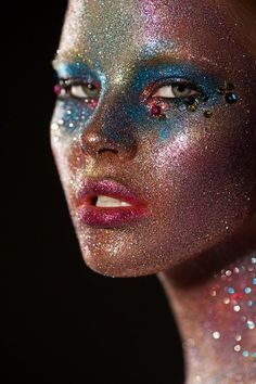 Fantasy make up. Maquillaje fantasía. Lovely glitter
