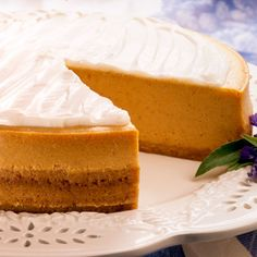 At the request of my sister in law and my friend, D, who were both visiting over Thanksgiving, I am sharing the recipe for the pumpkin cheesecake I served. I have been making this cheesecake for th. Pumpkin Cheesecake Recipes, Pumpkin Recipes, Cookie Recipes, Dessert Recipes, Fall Recipes, Dessert Bars, Sweet Recipes, Libby's Pumpkin, Pumpkin Dessert