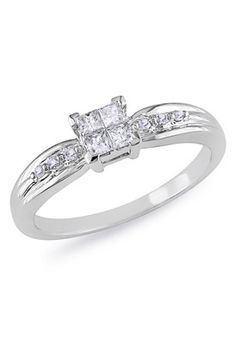 pretty diamond rings | Simple and so pretty diamond engagement ring | Wedding and Engagement ...