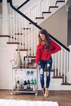 Holiday bar cart - love the outfit too casual bar outfits, casual jeans, night Holiday Outfits Women, Cute Christmas Outfits, Christmas Fashion, Christmas Outfit Women Casual, Holiday Party Outfit Casual, Bar Outfits For Women, Christmas Holiday, Thanksgiving Outfit Women, Simple Christmas