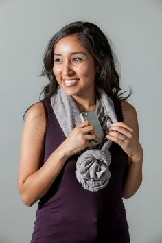 Non-negotiable travel tool This scarf/wallet thing - 7 Travel Tools I Will Not Shut Up About Till You Buy Them Microfiber Face Cloth, Travel Cubes, The Right Stuff, Travel Wardrobe, Travel Light, Shut Up, Travel Style, T Shirts For Women, Travel