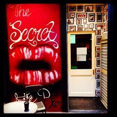 Secret Bar, Toot, Weird, British, England, Neon Signs, App, London, Drink