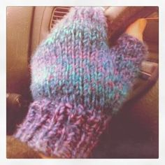 These fingerless mitts are a Knit Nat original. They knit up quickly -- perfect for the short attention span crafter.