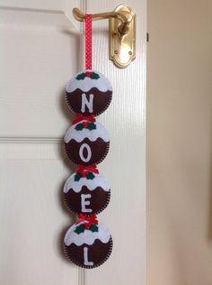 Figgy Pudding Noel Felt Christmas Hanging Decoration Garland £15.00