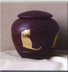 Ever My Pet Sienna Inlaid Brass Cat Pet Urn -- Find out more about the great product at the image link. (This is an Amazon affiliate link)