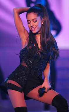 Imagen de ariana grande, honeymoon tour, and ariana