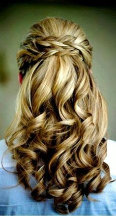 Seems like something Elysea or Dom would do with her hair.