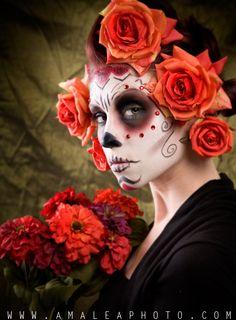 i love sugar skull makeup Dead Makeup, Skull Makeup, Sfx Makeup, Halloween Looks, Halloween Face Makeup, Halloween Ideas, Happy Halloween, The Dark Side, Dramatic Makeup