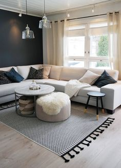 Interior Decorating, Interior Design, Scandi Style, Home Accessories, Living Room Decor, New Homes, Minimalist, Couch, Pillows